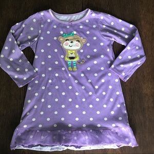 3/$15 Carter's Purple Polka Dot Nightgown Size 5